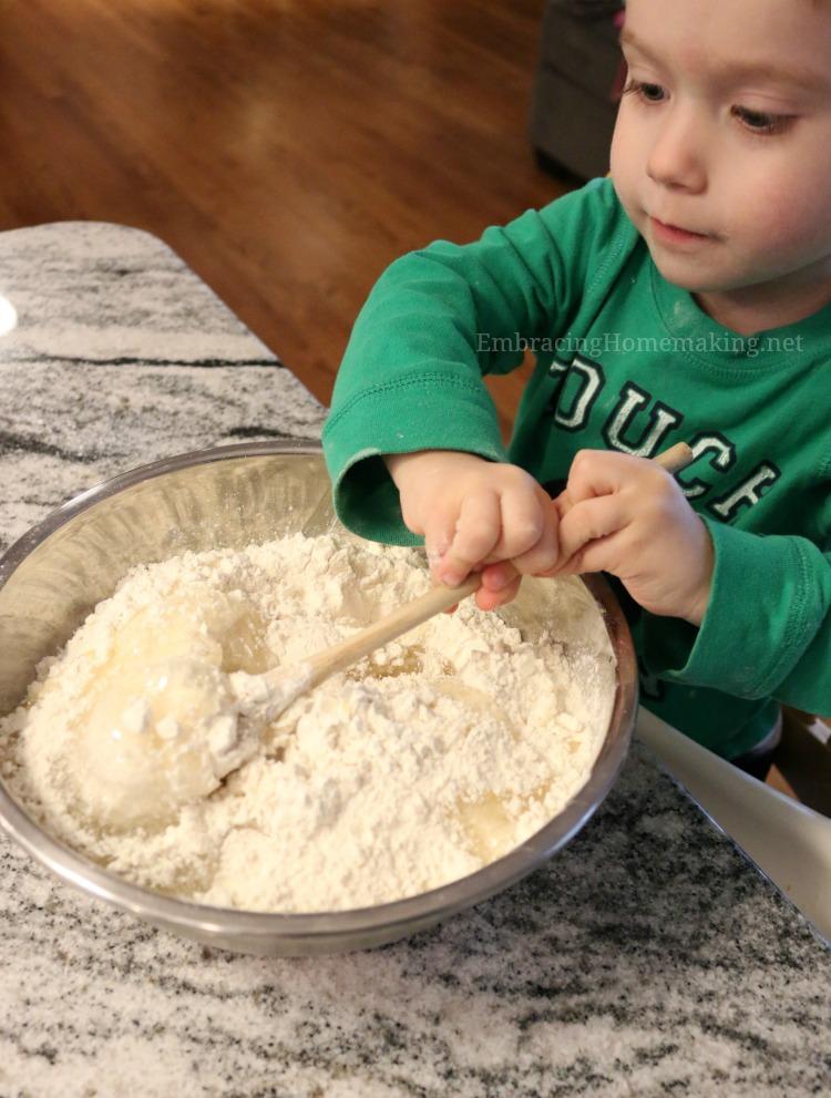 Making Cloud Dough