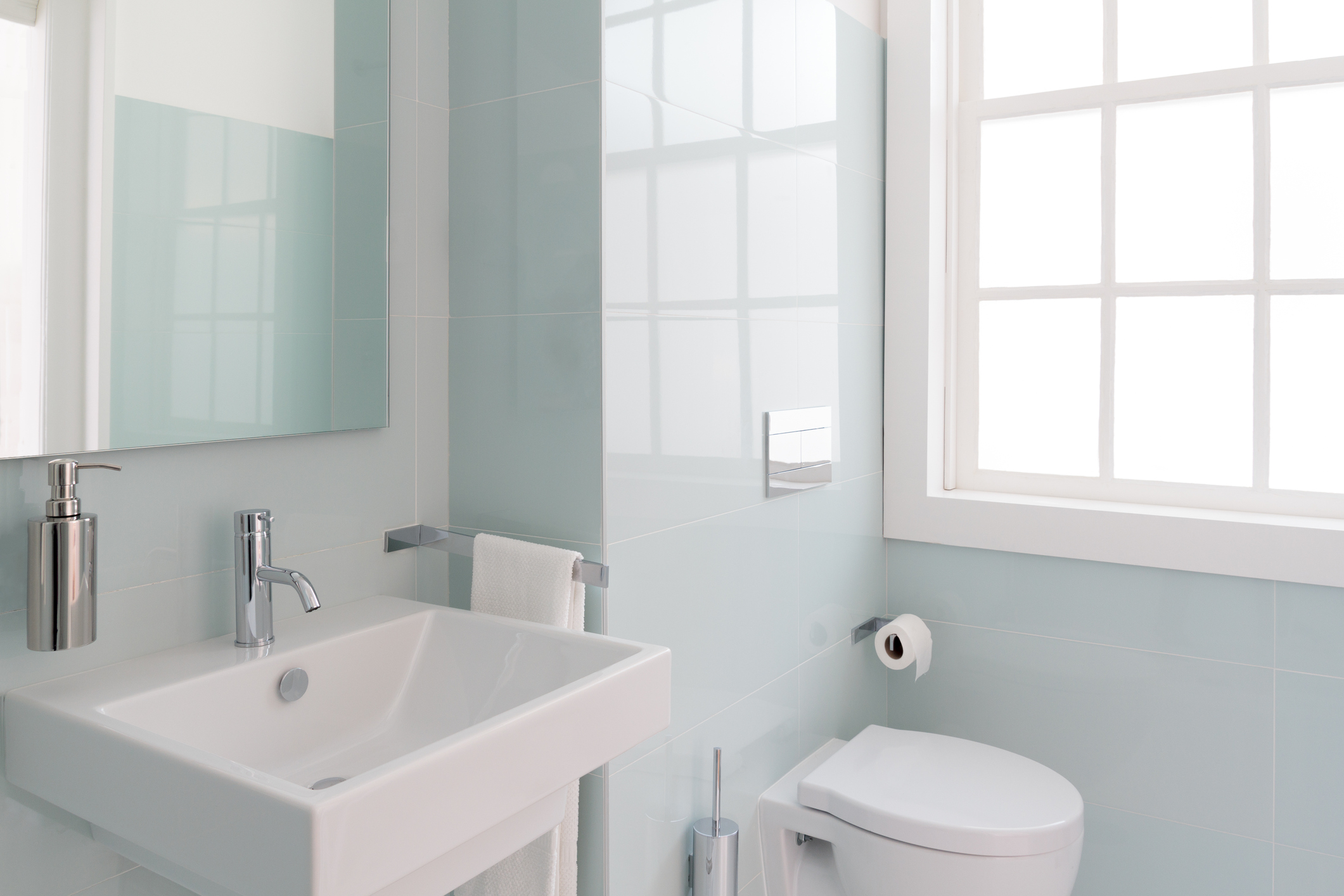 Tips to Organize Your Small Bathroom